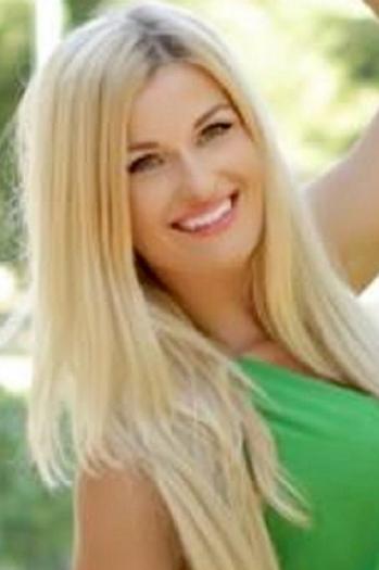 Alexandra age 29