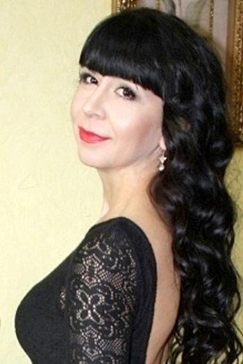 Lina age 35