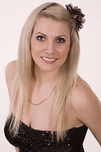 Yana age 34