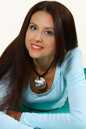 Alesya age 36