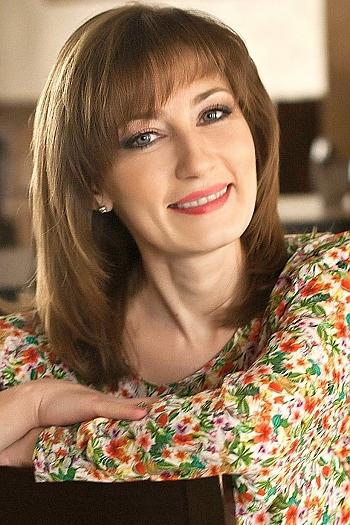 Natalia age 42