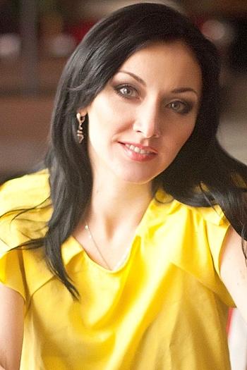 Taisiya age 37