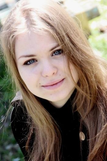 Anastasiya age 28