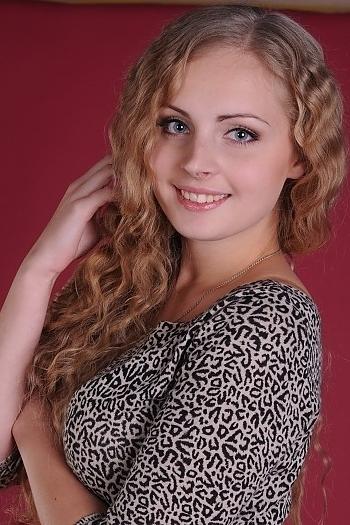 Aliona age 23