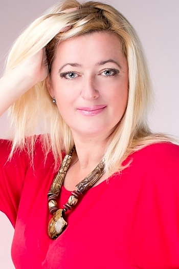 Natalie age 51