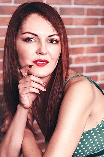Alisa age 34