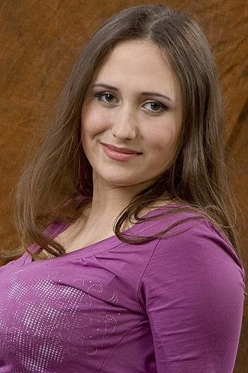 Natalia age 32