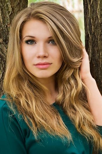 Evgeniya age 25