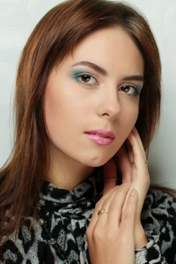 Anastasya age 27