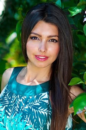 Juliya age 28