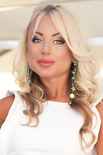 Irina age 28