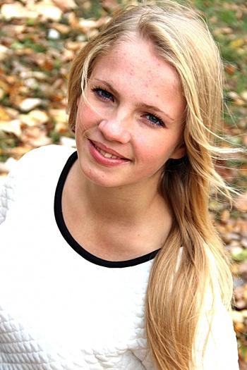 Liza age 25