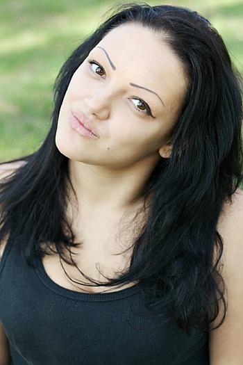 Julia age 23