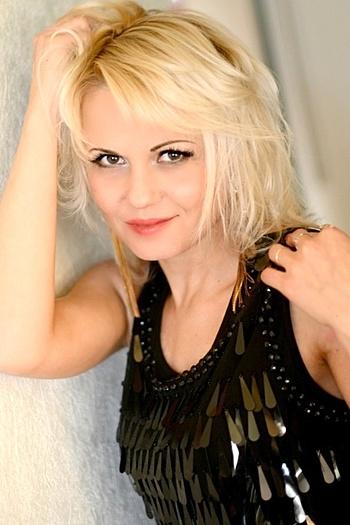 Natalia age 39