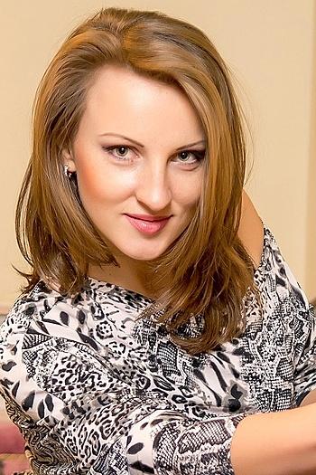 Vera age 33