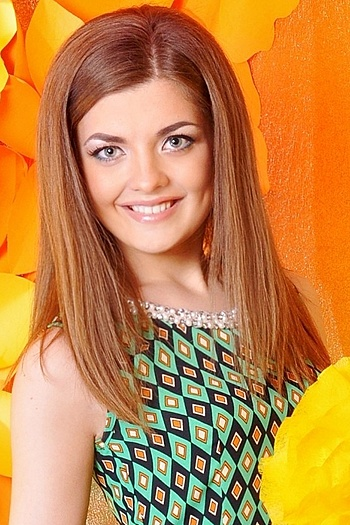 Olesya age 23