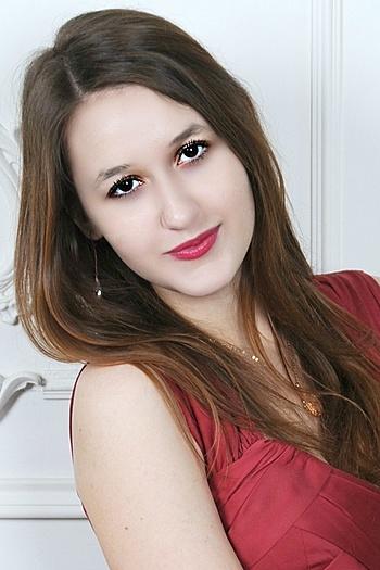 Vika age 22