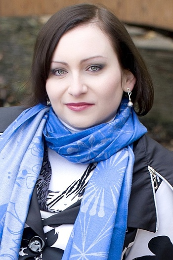 Alina age 31