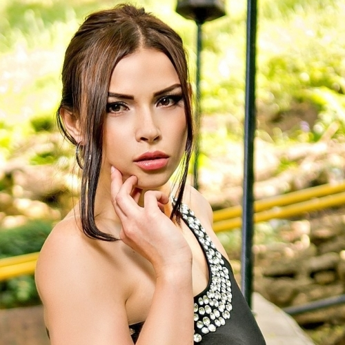 Date Russian Brides Online 22