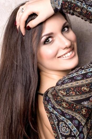 Kseniya age 27