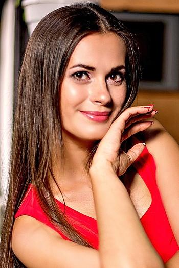 Liliya age 32