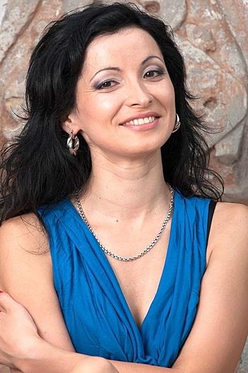 Aliona age 40