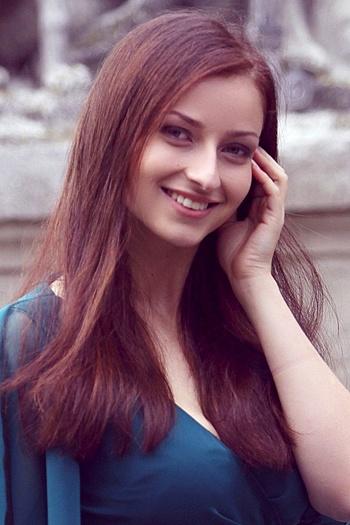 Marta age 28