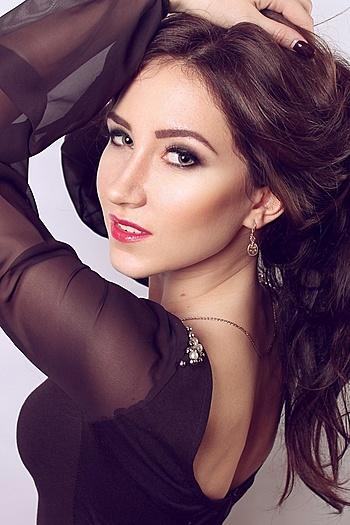 Ksenia age 27