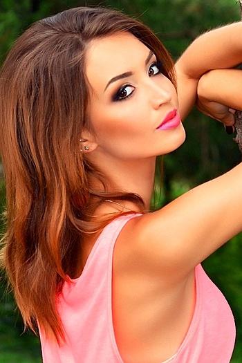 Mariya age 25