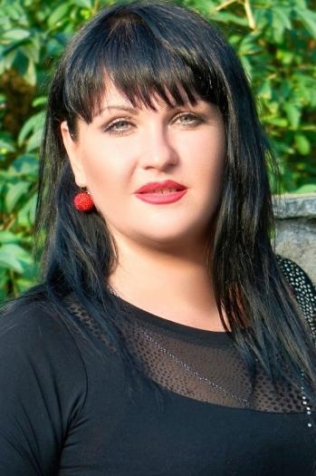 Jana age 36