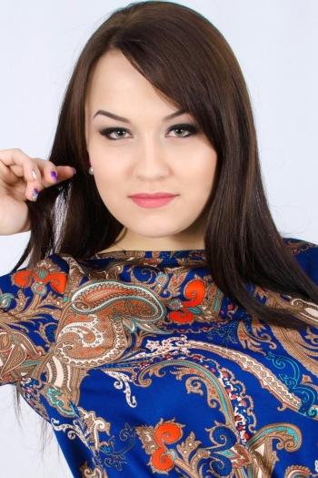 Valeria age 22