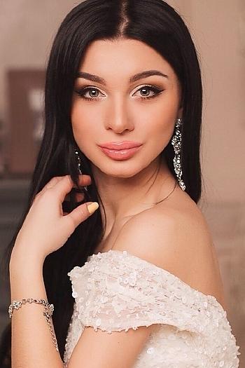 Stefaniya age 21