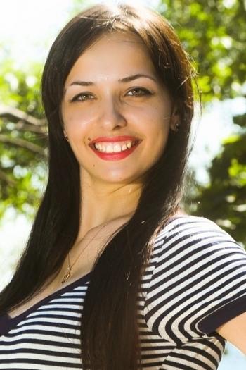 Yuliya age 27