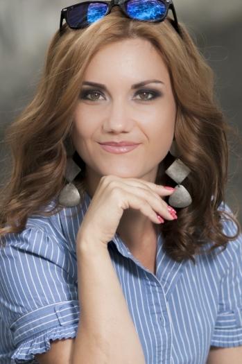 Olesya age 30