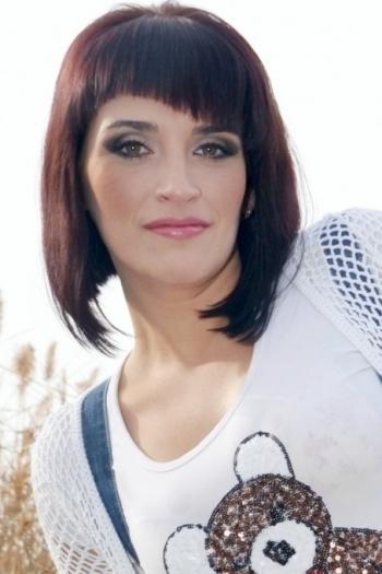 Yuliya age 29