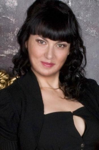 Valya age 40