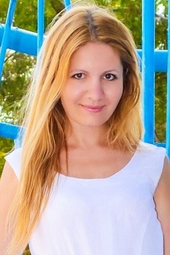 Anastasia age 31