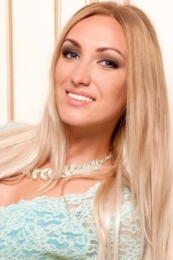 Maria age 26