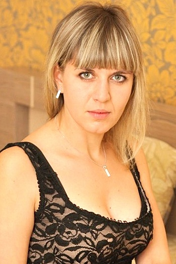 Victoria age 30