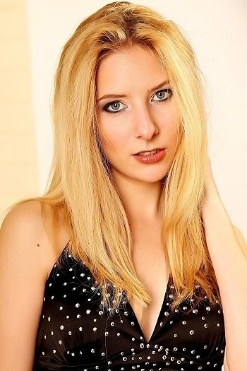 Nataliya age 26