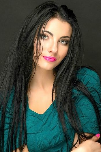 Ekaterina age 25