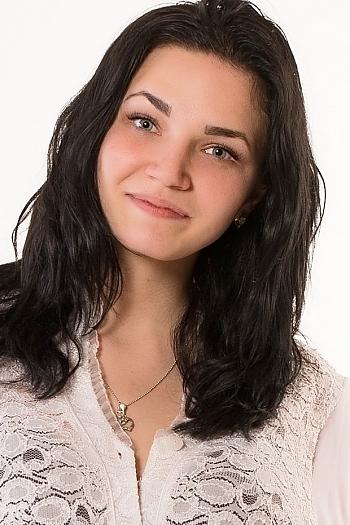 Alyona age 21