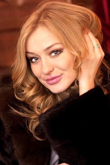 Mariya age 24
