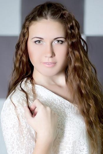 Elizabeth age 21