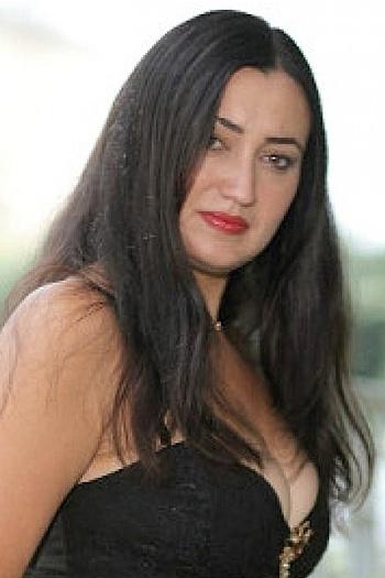 Tanya age 39