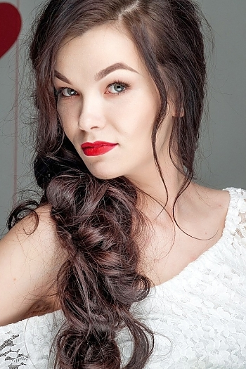 Alyona age 26