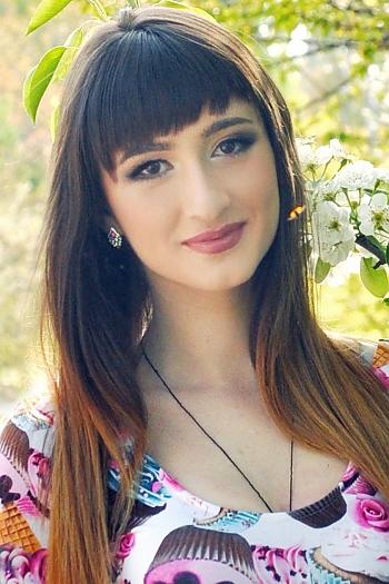 Olesya age 22