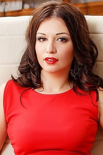 Ekateryna age 31