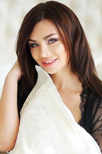 Daria age 28