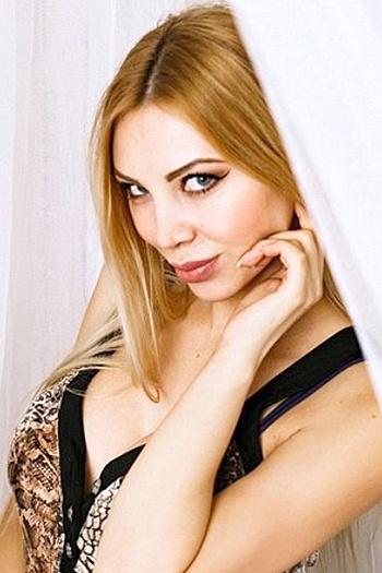Jeanne age 31